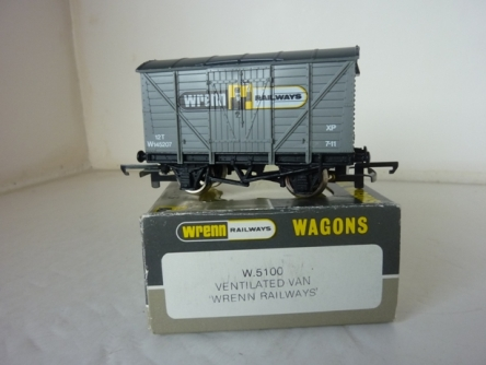 "Wrenn W.5100  ""Wrenn Railways"" Grey Van - RARE"