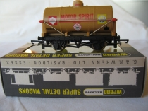 "W5061 ""Motor Spirit"" BP/SHELL Tank Wagon"