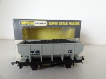 Wrenn W4644 Hopper Wagon with Load - Grey - P4 RARE NUMBER