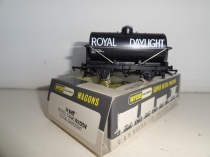 "Wrenn W5062 ""Royal Daylight"" Tank Wagon - Black"