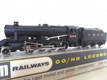 Wrenn W2240 2-8-0 8F Locomotive - LNER Black - RARE VERSION P3